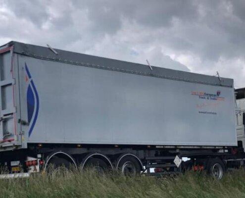Kiptrailer te huur via European Truck & TrailerRental -Van 't Blik Akkrum
