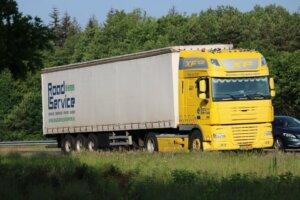 Coil oplegger te huur via Roadservice De Kempen European Truck en Trailer Rental